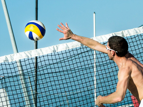 beach-volleyball-sia-ao-yon-sailing-watersports-centre