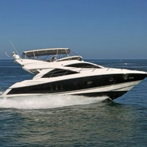Sunseeker Power Yacht – Overnight